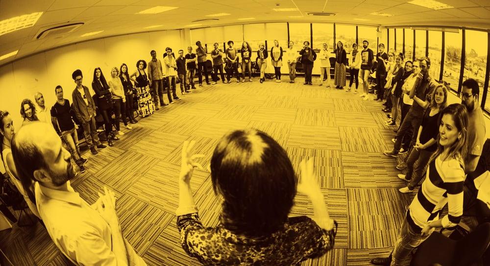 grupo de pessoas durante programa da Semente Negócios